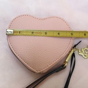 Juicy Couture Bags - JUICY COUTURE WRISTLET